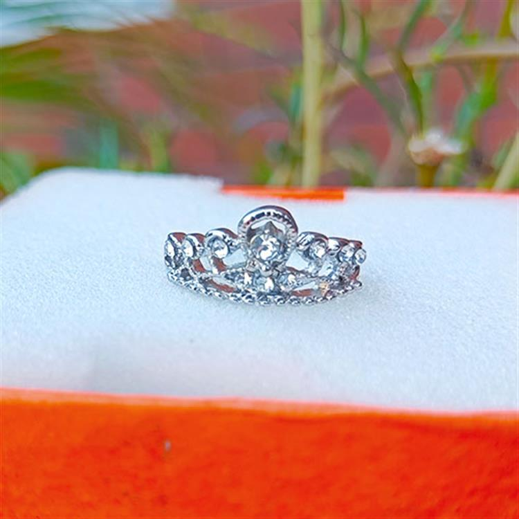 Exclusive Trendy Ring Collection Ring..