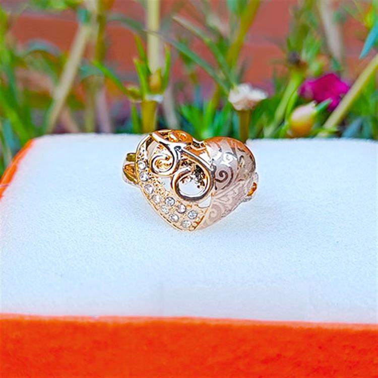 Heart Shape Finger Ring With Multi Di..
